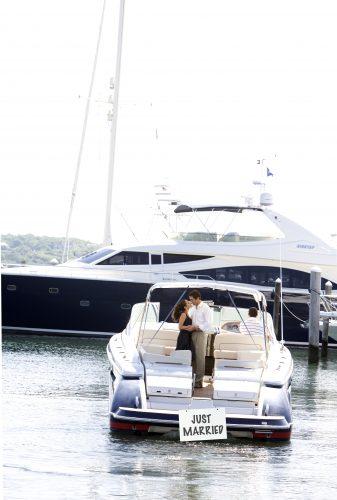 Se marier dans les Hamptons sur l'eau.