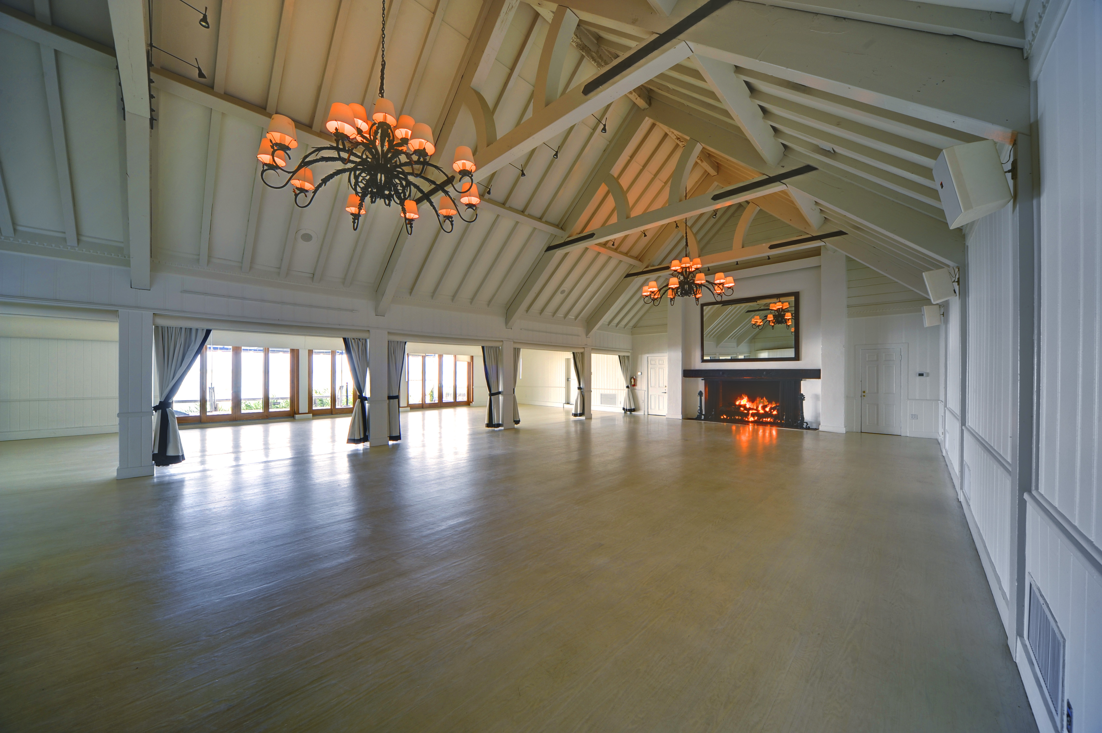 Montauk Yacht Club Farmhouse Ballroom