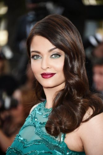 a2e93-actress-aishwarya-rai-bachchan-at-the-68th-cannes-film-festival-2015