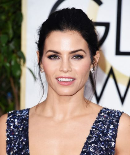 jenna-dewan-tatum-golden-globes-eye-makeup-w540