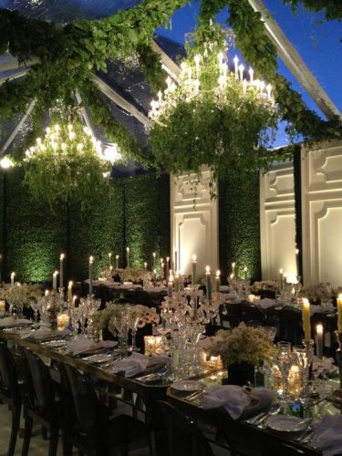 How to turn a small, sit-down wedding dinner party into an awe-inspiring event