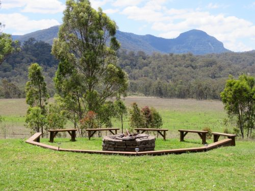 Spicers Peak Lodge canopy fire pit