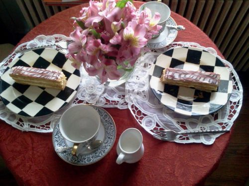Tea Time Like A Royal